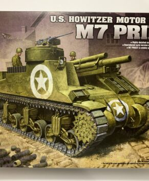 Academy 1/35 M7 Priest US Howitzer Motor Carriage